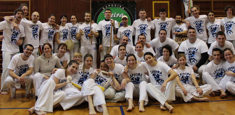 Capoeire Rijeka Beira do Rio velika skupina članova